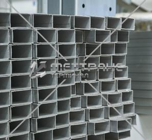Труба стальная прямоугольная в Новом Уренгое